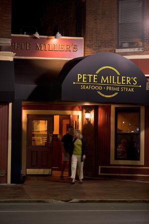 Milwaukee Steak And Seafood Restaurants