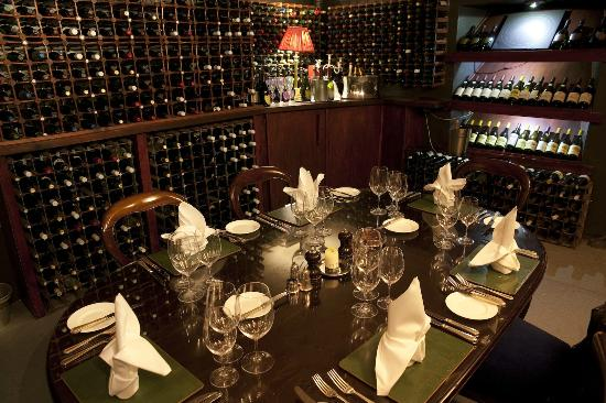 Judges Country House Hotel: The Dom Perignon Room