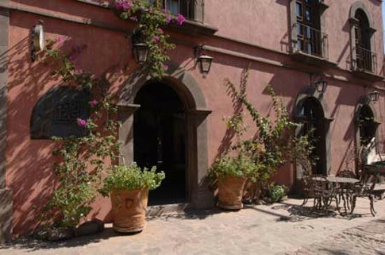 Posada de las Flores Loreto: The entrance
