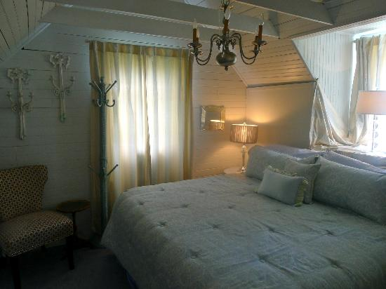 A Lady Winette Cottage Bed & Breakfast