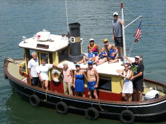 AnchorLight Bed and Breakfast : Family on Maggie the Tugboat