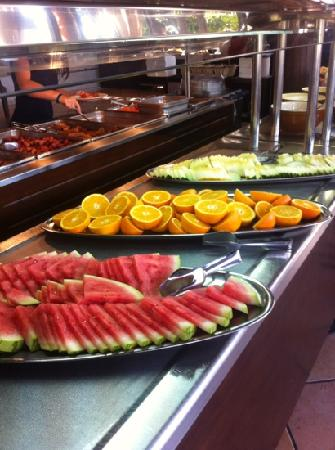 Suite Hotel Atlantis Fuerteventura Resort : breakfast in the Rambutan restaurant