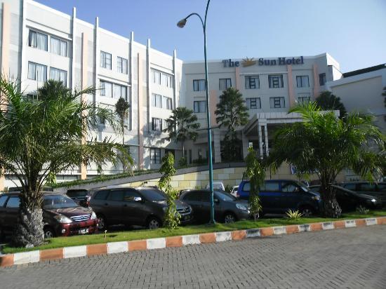 Sun Hotel Sidoarjo