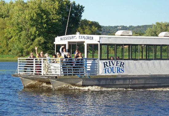 Chestnut Mountain Resort: Mississippi Explorer Cruises