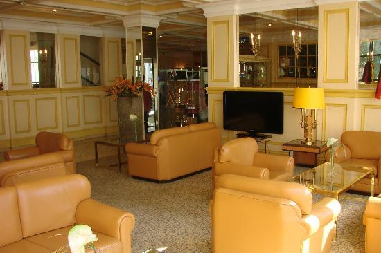 Maritim Hotel Würzburg: Lobby