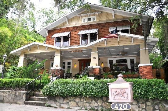 Grady House Bed and Breakfast: The Grady House