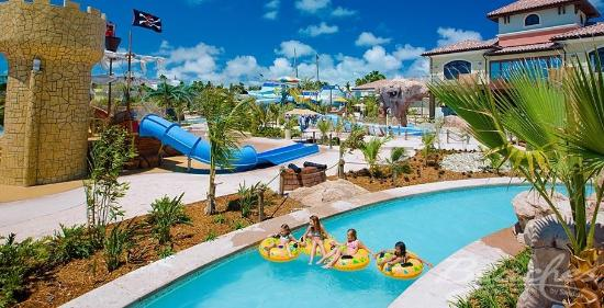 Beaches Turks and Caicos Resort Villages and Spa : Waterpark at Beaches Boscobel