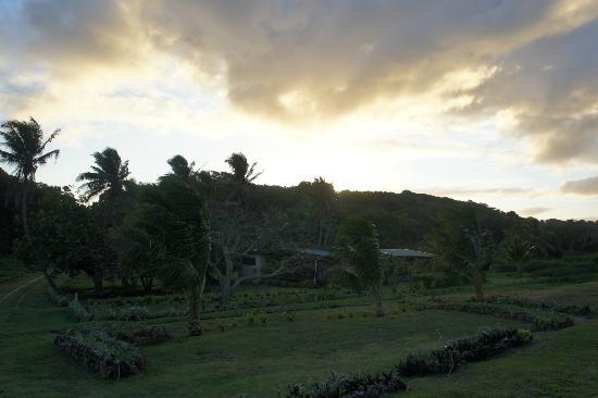 Namuka Bay Lagoon Resort: Sunrise