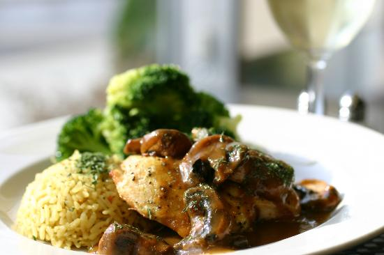 Four Points by Sheraton Raleigh Durham Airport: Chicken Marsala from Spinner's Bar & Grille