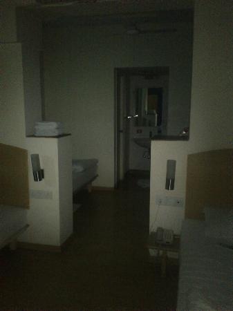จิงเจอร์ นิวเดลี: layout and washrooms