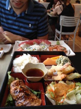 Sushi On Bloor: piatti combo