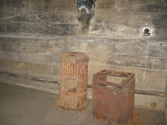 Batterie de Maisy : Many items are found as they were left in 1944