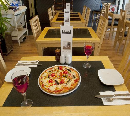 Chartroom II Bistro: New Pizza menu available