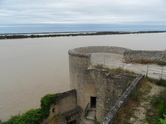 Auberge Du Porche: Gironde