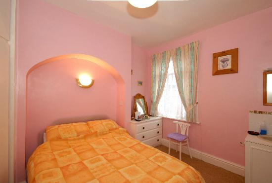 Leeds House Guest House : DOUBLE ROOM
