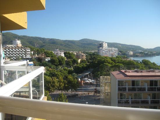 Apartamentos Las Palomas Econotels: View from the balcony.