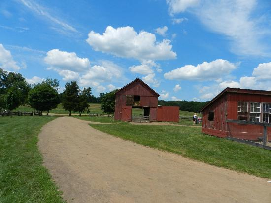 Howell Living History Farm: Howell Farm on a beautiful summer day