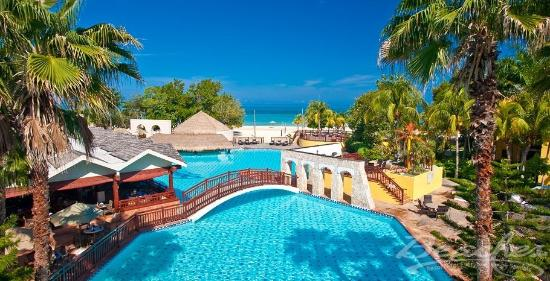 Beaches Negril Resort & Spa: Pool View at Beaches Negril