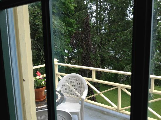 Acadia Bay Inn: Balcony Outside Hunt Room