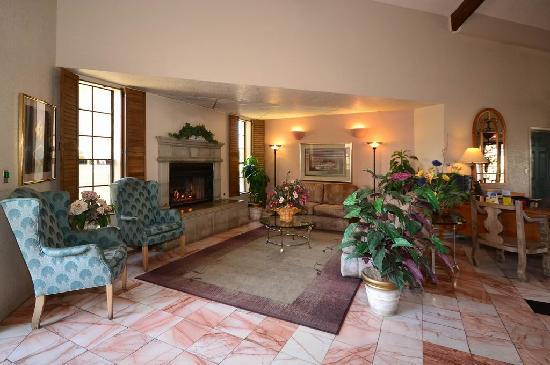 Yuma Hotel: Lobby 2