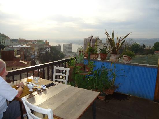 Hotel Fauna: breakfast on the balcony