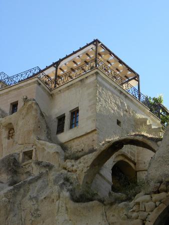 AlKaBriS: vue de la terrasse depuis le vallon