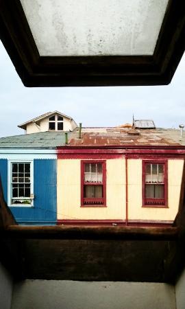 Hostal Barrio Paraiso: vista desde el altillo