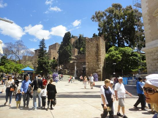 Alcazaba (fort) : From a distance