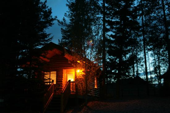 Silverwolf Log Chalet Resort: Chalé