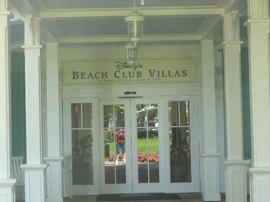 Disney's Beach Club Villas: Entrance to Villas