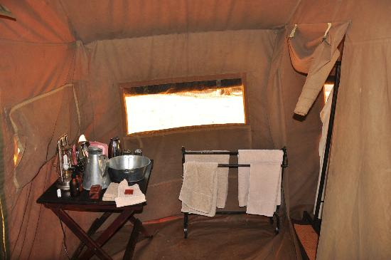 andBeyond Chobe Under Canvas: wash basin/area - bucket shower to left