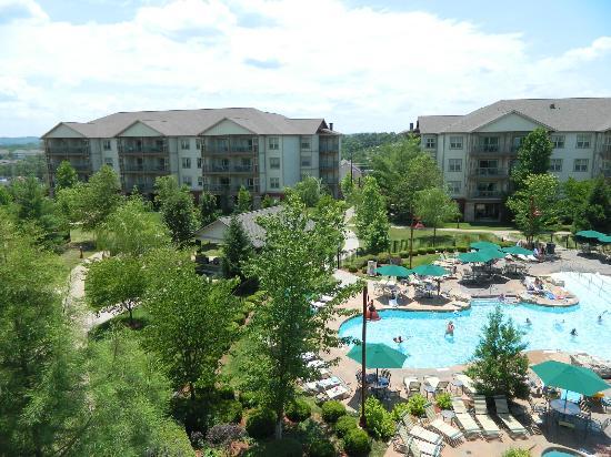 Marriott's Willow Ridge Lodge: Plenty of places to relax around the pools
