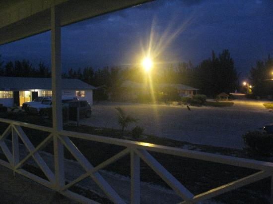 Bishop's Bonefish Resort: night view of front, very safe, resturant to the left