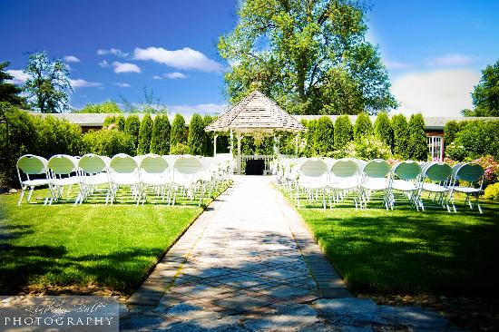 cascadia terrace wedding gardens picture of the village green rh tripadvisor ie village green hotel cottage grove oregon village green rv cottage grove oregon