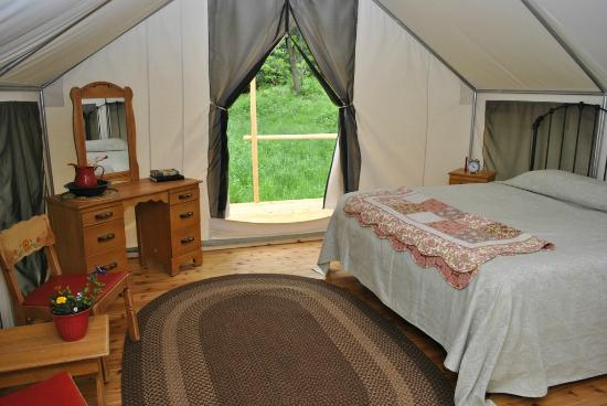 River Dance Lodge: Inside the Glamping Tents