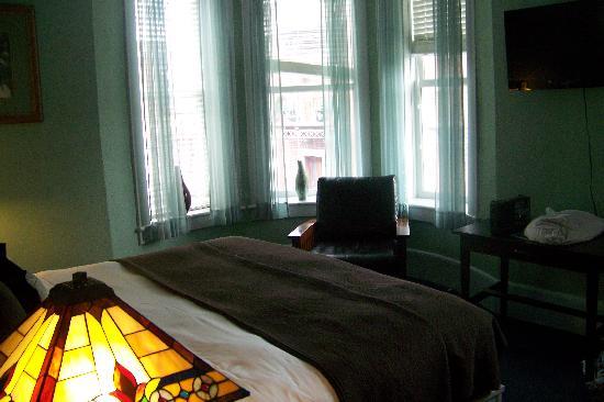 1905 Basin Park Hotel: Standard King