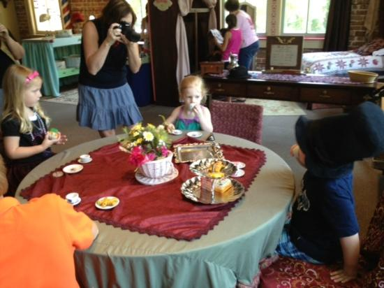 Lynn Meadows Discovery Center: High Tea