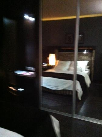 Lennox Hotels Buenos Aires: bed
