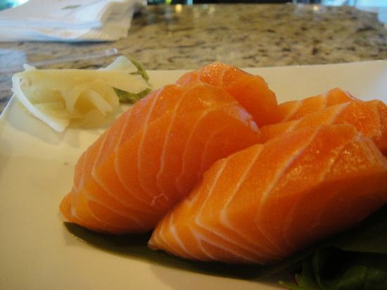 Windermere House Resort & Hotel: Some of the Finest Cuts of Salmon I've Ever Had