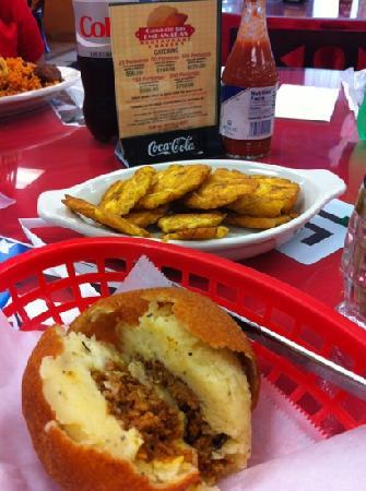 Casa DE Las Empanadas: Tostones & Papa Relleno