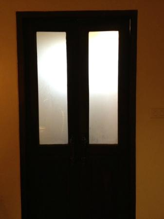 Anoma Boutique House : WC Door