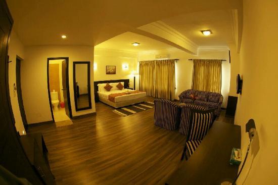 Waterfront Resort Hotel: Suite