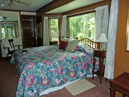 Stonewall Bed and Breakfast: Room One bedroom