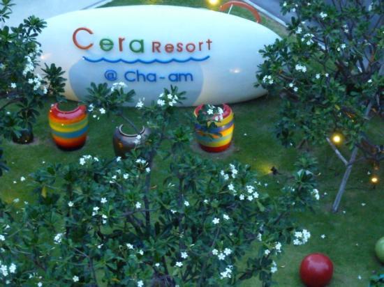 Cera Resort Chaam: Main door