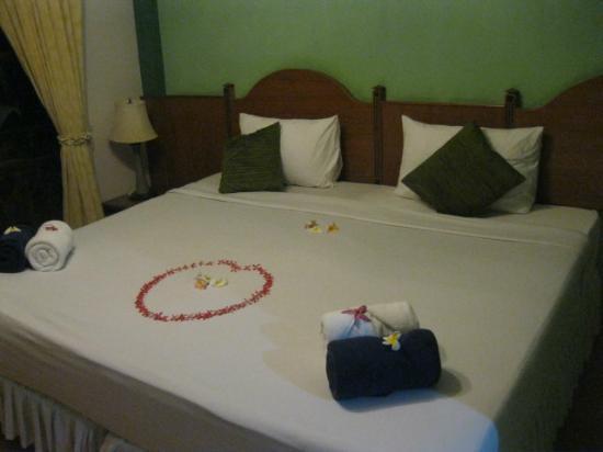 Salad Beach Resort: room