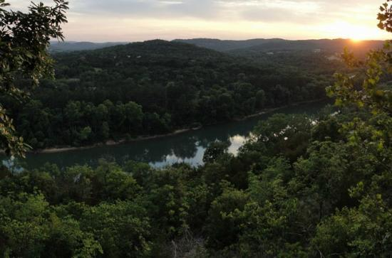 Arkansas White River Cabins: Sunset