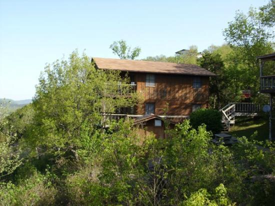 Arkansas White River Cabins: Arrowhead and Trial of Tears