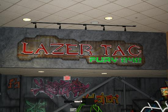 Kalahari Resorts & Conventions: Awesome Lazer Tag (indoor theme park)