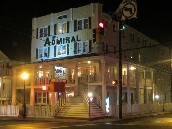 The Admiral Motel: Exterior view of hotel at night