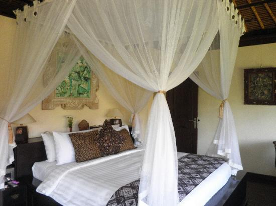 Villa Semana: Comfortable Bed